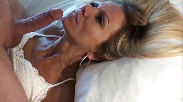 Muscoloso gay film porno amatoriale succhiare cazzi e scopare in culo stretto